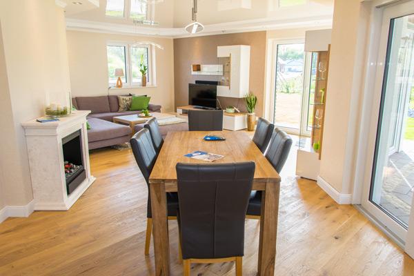 musterhaus inneneinrichtung wohnzimmer. Black Bedroom Furniture Sets. Home Design Ideas